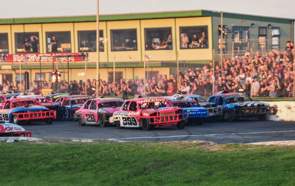 2L Saloon Stock Cars